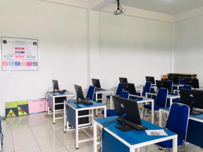 Pecahkan Rekor! HIMAPRIMA satu-satunya peraih Hibah Laboratorium Multimedia di Indonesia Timur